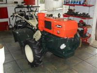 Mini/Micro Trator TOBATTA 10CV DIESEL C/GARANTIA 4x2 ano 82