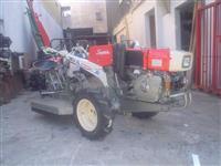 Mini/Micro Trator TC11SUPER PARTIDA ELETRICA DIESEL 4x2 ano 95