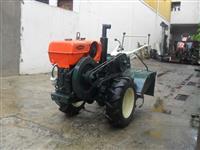 Mini/Micro Trator TOBATTA  10CV REVI. 4x2 ano 82