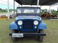 Ford Jeep ano 1961 azul com 10.700 km rodados originais.