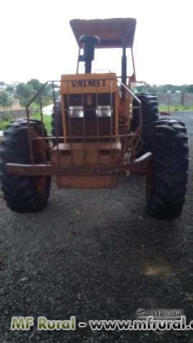 Trator Valtra/Valmet 118 4x4 ano 84