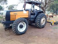 Trator Valtra/Valmet 1280 R 4x4 ano 02