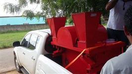 Máquina quebradeira de ouriço da castanha do Brasil