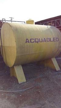 Tanque para agua e oleo