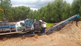 Picador Móvel Florestal Planalto 850 com motor de 310CV