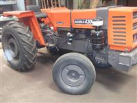 Trator Agrale 4300 4x2 ano