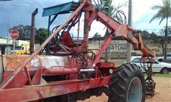 Trator Massey Ferguson 65 X 4x2 ano 84