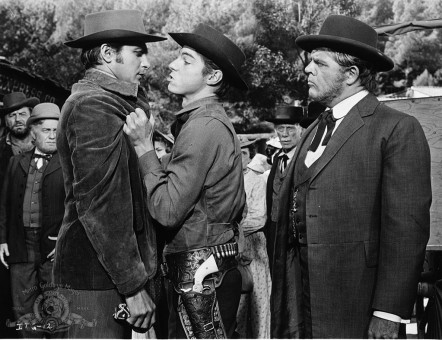 This tvs official movie page for invitation to a gunfighter this tvs official movie page for invitation to a gunfighter released oct 31 1964 stopboris Image collections