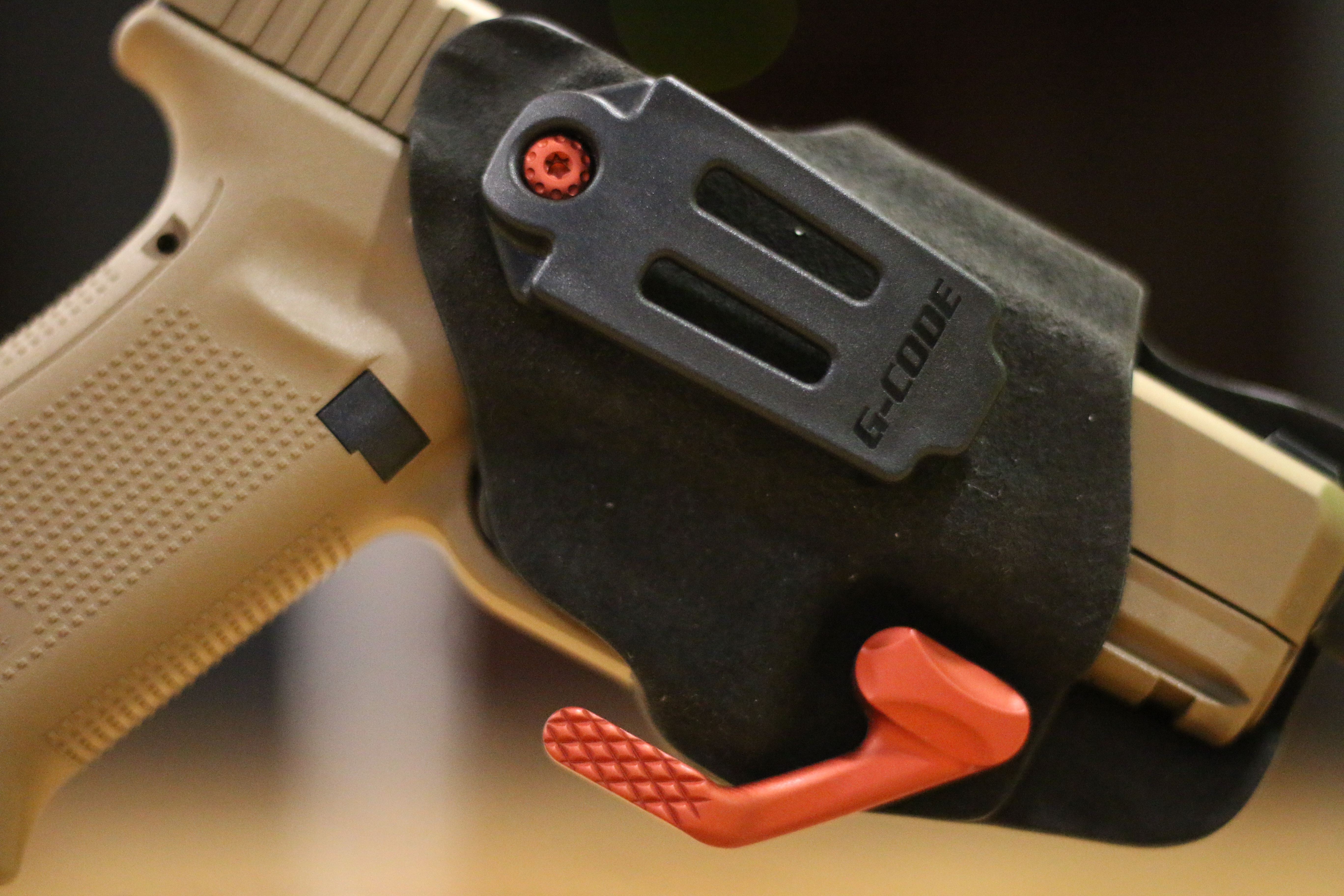 https://www.armslist.com/blog/gear/gcode-phenom-stealth-holster