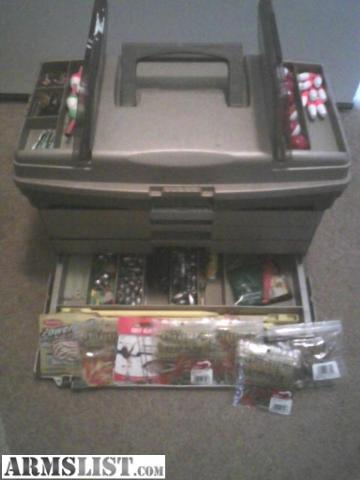 Armslist for sale full tackle box w 4 poles for Craigslist fishing equipment