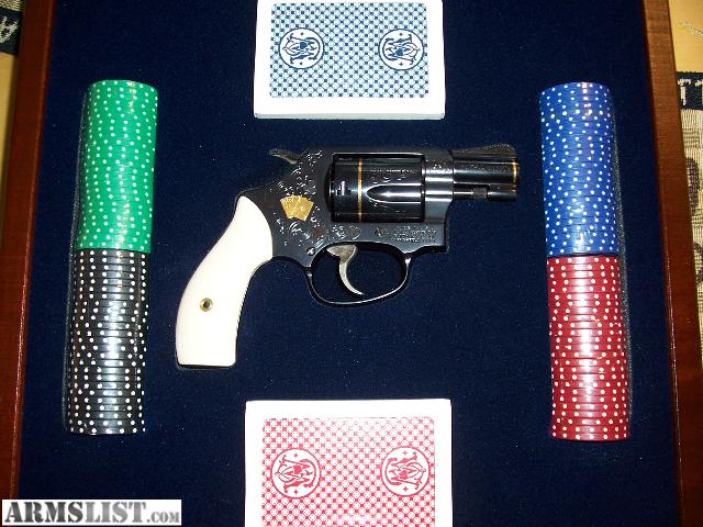 Texas holdem smith and wesson