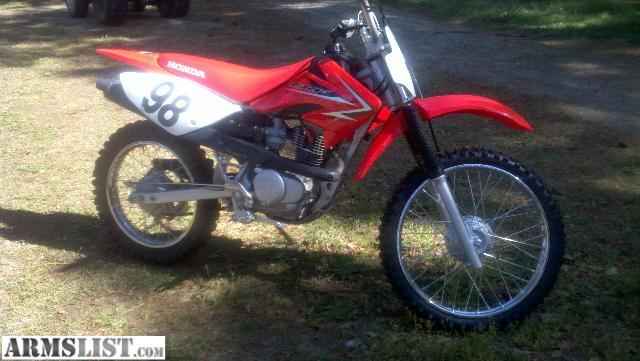 armslist for sale trade honda crf100f dirt bike 1500 4 stroke bought new in august. Black Bedroom Furniture Sets. Home Design Ideas