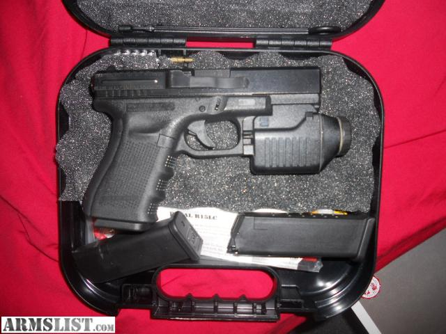 ARMSLIST - For Sale/Trade: Glock 19 gen 4 with light
