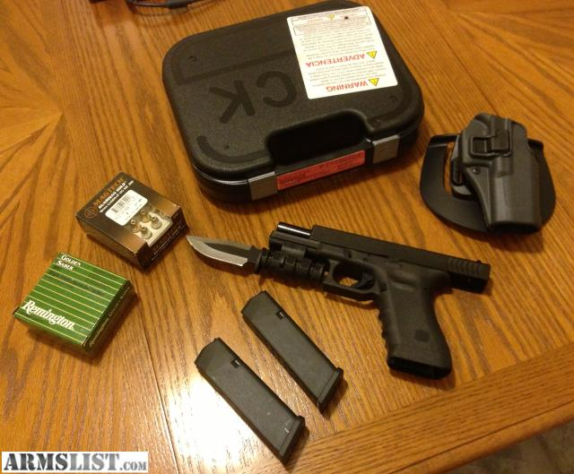 ARMSLIST - For Sale: Beautiful Glock 17 9mm RTF2 + Holster ...
