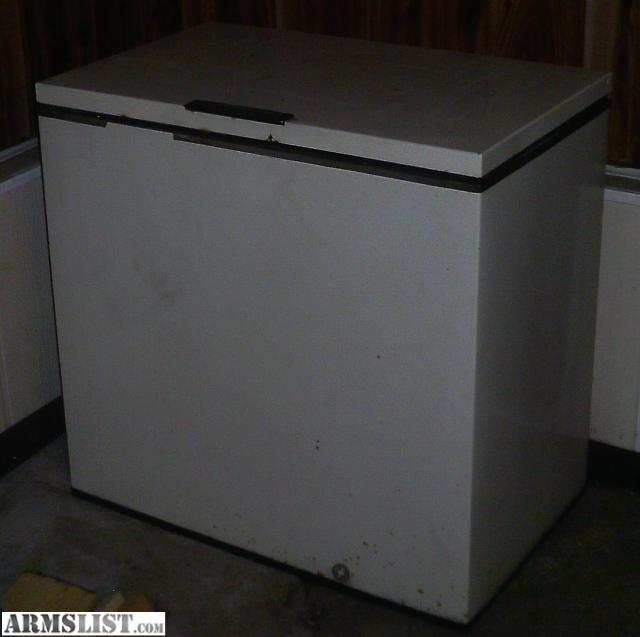 armslist for sale frigidaire chest freezer cheap. Black Bedroom Furniture Sets. Home Design Ideas