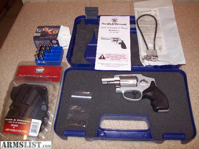 excellent condition smith and wesson 642 j frame 38 special p handgun double action 5 rounds hammerless lightweight 15 ounces