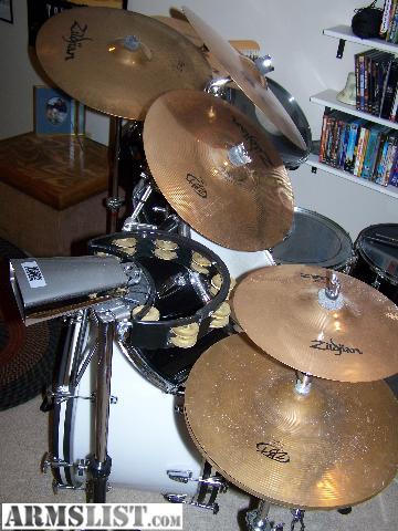 armslist for sale vintage ludwig vistalite drum set. Black Bedroom Furniture Sets. Home Design Ideas