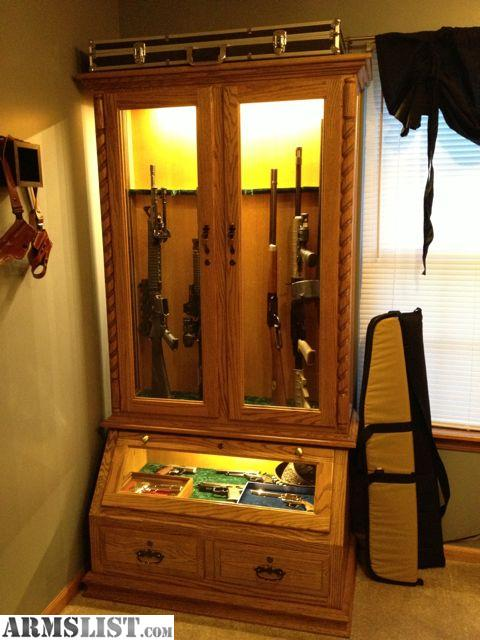 ARMSLIST For Sale 8 GUN SOLID OAK CABINET WITH PISTOL DISPLAY