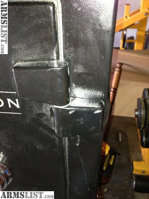 Liberty 12 Gun Safe Lowes >> ARMSLIST - For Sale: Liberty Centurion 12 Gun black gun safe