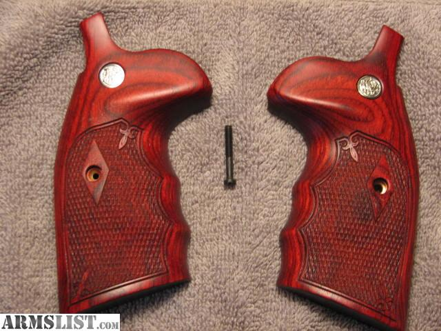 New Mint Condition Altamont Checkered Rosewood Smith U0026 Wesson K Frame Round  Butt Finger Groove Conversion Grips ( From Round Butt To Square Butt ) W/  Smith ...