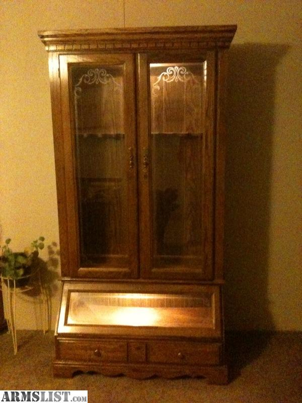 ARMSLIST For Sale nice wood 10 gun cabinet with lighting