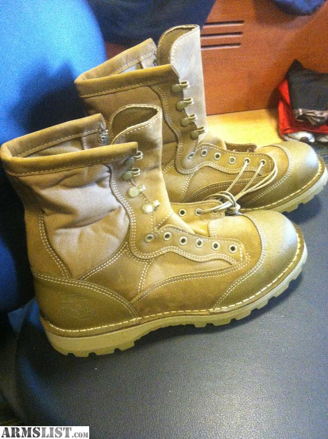 ARMSLIST - For Sale: USMC Danner Rat Boots, Sidewinder Flashlight ...