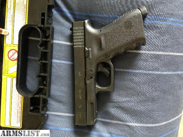 ARMSLIST - For Sale: GREAT DEAL:::Glock 19 conceal carry package
