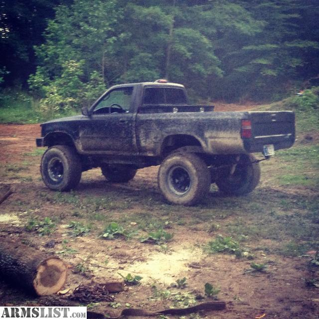Toyota 94 Pickup: For Sale: 94 Lifted Toyota