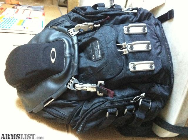 Marvelous I Have An Oakley Kitchen Sink Backpack In Perfect Condition. Paid $200 Plus  Tax For It Asking $100 Firm For It. Had It For About 4 Months. Text Me For  ...