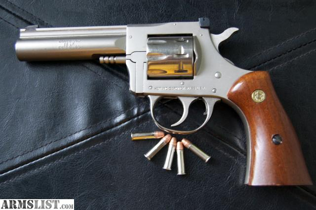 Dating h&r revolvers