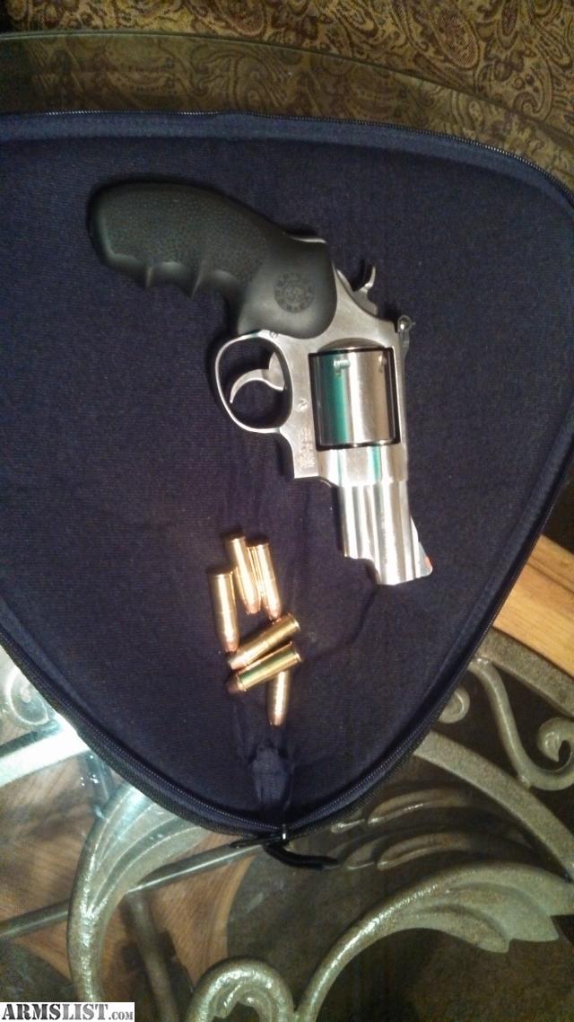 ARMSLIST - For Sale: S&W .44 Magnum snub nose44 Magnum Snub Nose Revolver