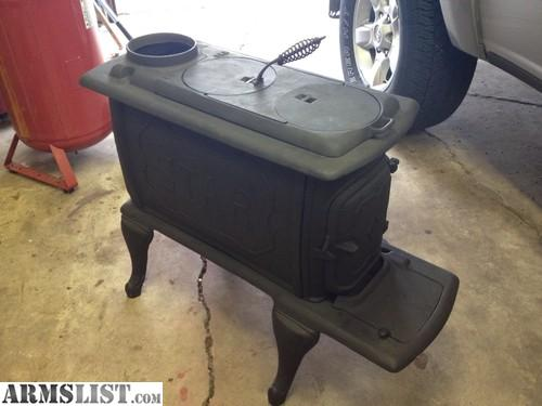 This is a vintage antique stove for sale. Very old cast iron stove,  sandblasted down to bare metal and repainted in high temp flat black. - ARMSLIST - For Sale: Antique Wood Stove Birmingham Stove And