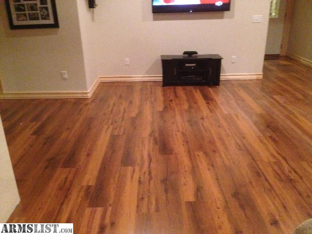 Brand New Still In Box 260 Sq Ft Of Beautiful Laminate Flooring With Pad And