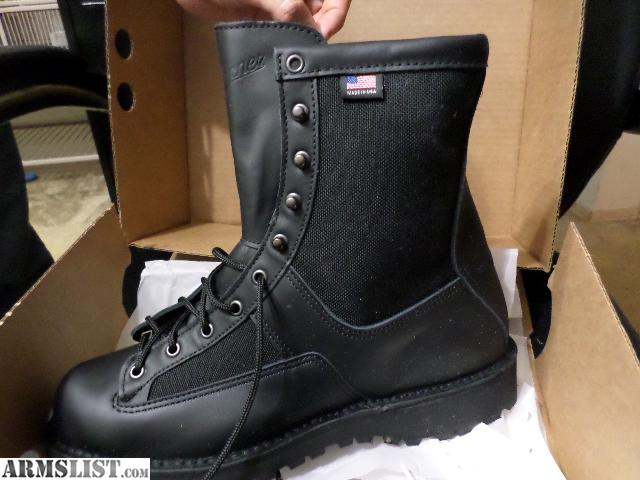 ARMSLIST - For Sale/Trade: Danner Acadia Insulated boots BNIB