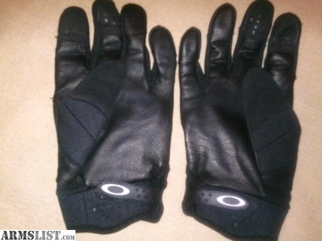 6b0e757610 Oakley Carbon Fiber Knuckle Gloves « Heritage Malta