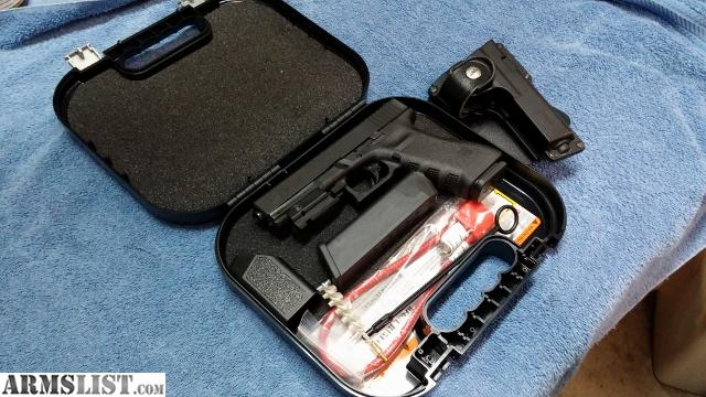 ARMSLIST - For Sale: Glock 17 / Semi Auto 9mm/ Excellent ...