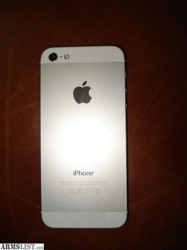 A Slim And Stylish Design Makes The Apple IPhone 5 Smartphone Lightweight Easy To Carry Around Runs On IOS 6 Software Which