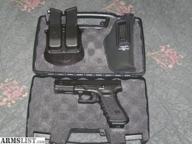 ARMSLIST - For Sale: Like New Glock 17 9mm with Holster ...