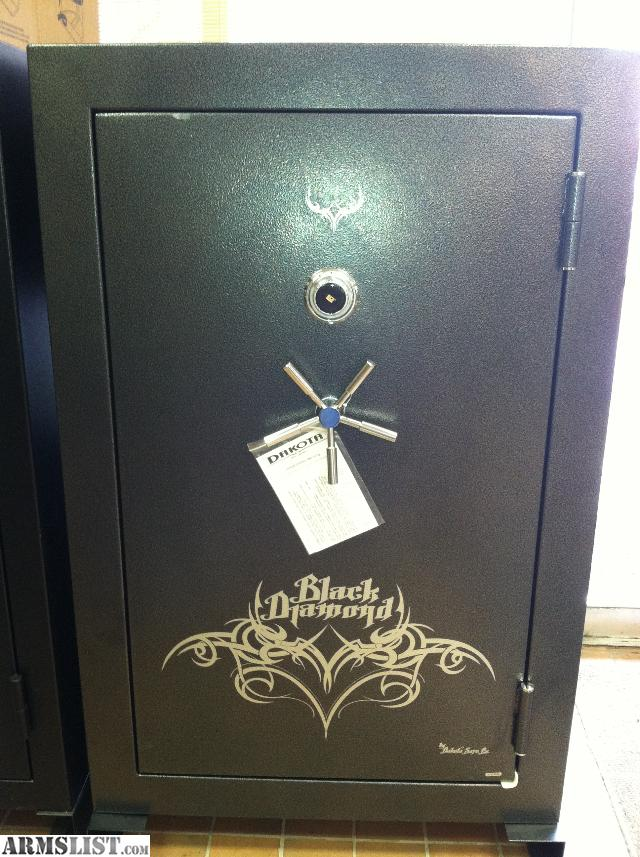 Black Gun Safe In Living Room Decor: For Sale: Gun Safe Black Diamond 39 Gun