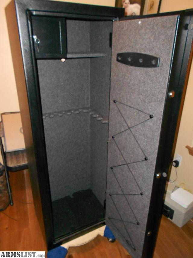 ARMSLIST - For Sale: Sentry 14 gun safe. Model #G5241-2B