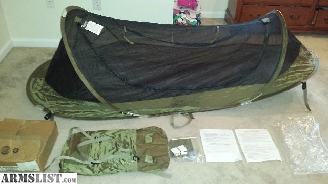 Iguana pop up bug net tent. This is NEW only opened to take this picture includes repair kit and original box. Coyote in color. Great for summer c&ing ... & ARMSLIST - For Sale: NEW Iguana pop up bug net tent