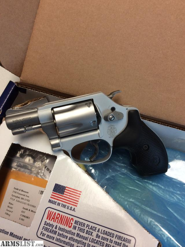 how to open a revolver chamber