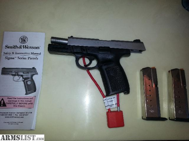 armslist for sale s w sigma sw40ve rh armslist com Smith and Wesson SD40 VE Smith Wesson MP 40 Cal Pistol