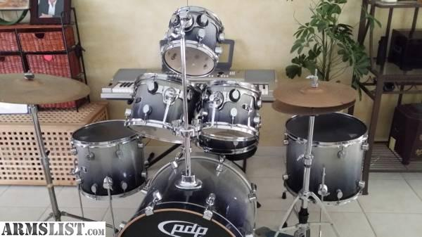 armslist for sale fs ft complete 7 piece maple drum kit pdp with cymbals and hardware. Black Bedroom Furniture Sets. Home Design Ideas