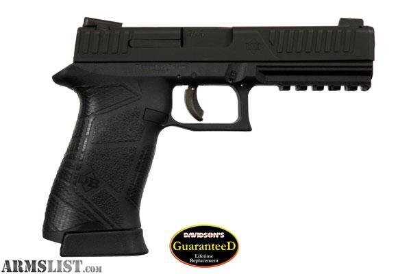 ARMSLIST - For Sale: Diamondback DB9 Full Size 9mm - New in Box ...