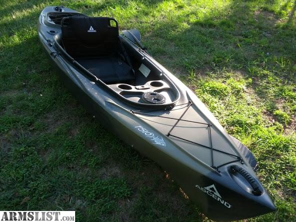 Armslist for sale trade bass pro fs10 sit inside kayak for Bass pro fishing kayak