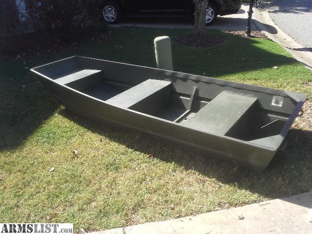 Armslist for sale trade alumacraft 10 39 flat bottom jon boat for Flat bottom fishing boats