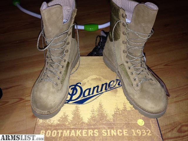 ARMSLIST - For Sale: Danner Marine hot ST boots(Steel toe)