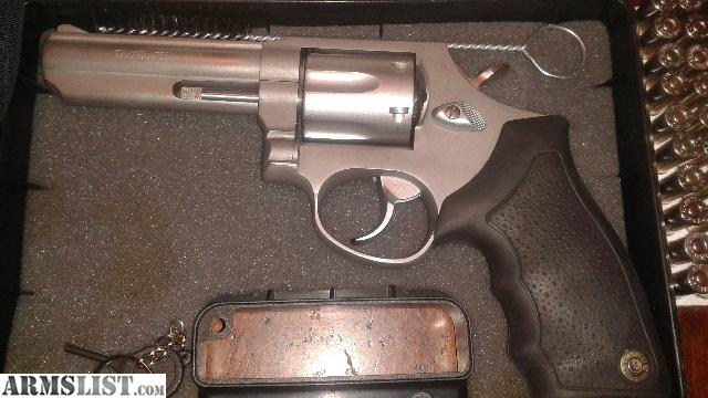 ARMSLIST - For Sale/Trade: like new in box. TAURUS m 65 ...