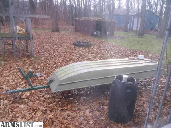 Armslist for sale 12 foot flat bottom jon boat w trailer for Flat bottom fishing boats
